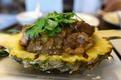 食物,在菠萝的猪里脊肉 免版税库存照片