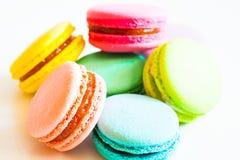 食物 蛋白杏仁饼干白色背景 免版税图库摄影
