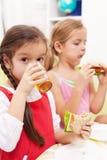 食用一顿健康快餐 库存图片