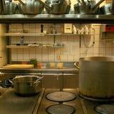 餐馆厨房的看法 库存图片