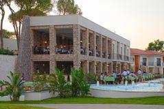 餐馆在度假旅馆, Belek,土耳其里 库存图片