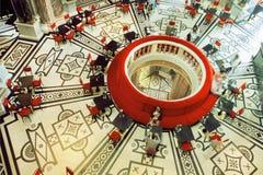 餐馆大厅设计古典样式的在维也纳 免版税库存图片