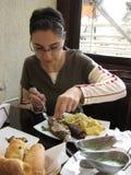 餐馆妇女 免版税库存照片
