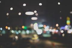 餐馆或酒吧Bokeh背景在葡萄酒影片神色 库存照片