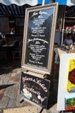 巴黎餐馆标志 库存照片