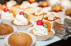 餐馆自助餐招待会蛋糕照片18 免版税图库摄影