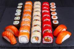餐馆菜单,日本食物艺术 开胃maki和nigiri s 库存图片