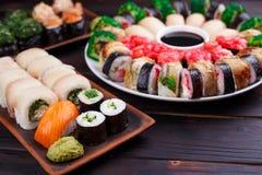 餐馆菜单,日本食物艺术 开胃maki和nigiri s 免版税库存照片