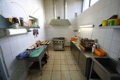 餐馆Pomestie的厨房 库存图片