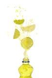 饮料柠檬石灰飞溅 库存图片