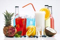 饮料设置用果子 免版税图库摄影