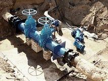 饮料水工厂 更新地下管道、阀门门和金属管子 免版税库存照片