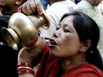 饮用水妇女 库存照片