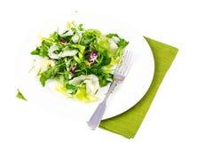 饮食减重早餐概念 新鲜的绿色有机沙拉叶子的混合 免版税库存照片