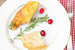 饮食和健康食物:被充塞的鸡与 库存照片