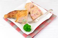 饮食和健康食物:被充塞的鸡与 免版税库存图片