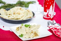饺子-传统波兰盘 库存图片