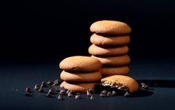 饼干被装载的巧克力奶油 图库摄影