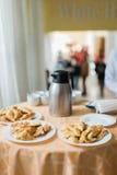 饼开胃菜 充分表在餐馆的食物 免版税图库摄影