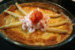 饼用虾,芦笋,鱼卵,等等 免版税库存照片