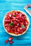 馅饼用新鲜的草莓 免版税库存图片