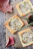 馅饼用蘑菇。 免版税图库摄影