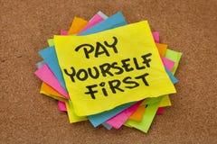 首先工资提示  免版税库存照片