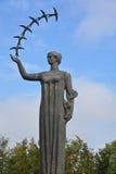 首先雕塑燕子 库存图片