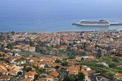 首都丰沙尔,海岛马德拉岛鸟瞰图  图库摄影