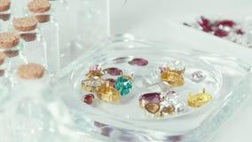 首饰的人为石头 为jewelery选择人为水晶 影视素材