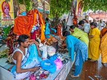 香客在Haridwar 免版税库存照片