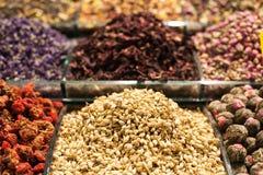 香料义卖市场在伊斯坦布尔 免版税图库摄影