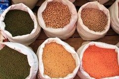 香料在一个市场上在斯里兰卡 免版税库存图片