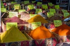 香料在土耳其义卖市场 免版税库存图片