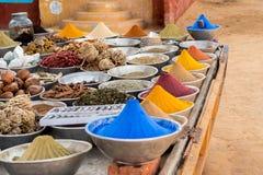 香料在Nubian市场上在阿斯旺 库存照片