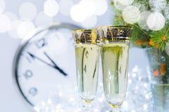 香槟构成的玻璃水平地射击了 免版税库存照片