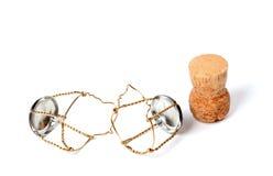 从香槟酒和muselets的黄柏 库存照片