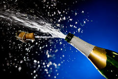 香槟飞溅 免版税库存图片