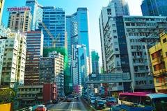 香港中央街道有许多的摩天大楼和现代建筑学其他对象  图库摄影