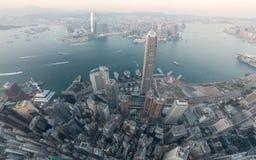 香港从天空的都市风景视图的全景图象 免版税库存图片