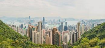 香港地平线大全景  在高峰计划非常夏时维多利亚视图宽wiew的海湾地区财务第一kowloon 免版税库存照片