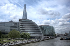 香港大会堂和碎片在伦敦 免版税图库摄影