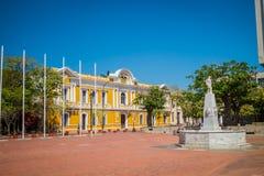 香港大会堂在广场波利瓦,圣玛尔塔,哥伦比亚 库存图片