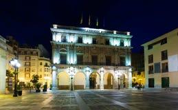 香港大会堂在晚上。Castellon de la Plana 免版税库存图片