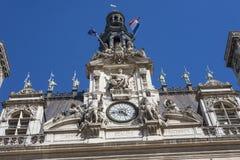 香港大会堂在有纪念碑的巴黎 免版税库存图片