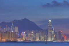 香港市维多利亚港口黄昏的2014年 库存照片