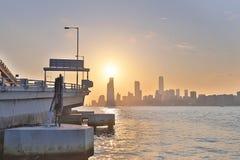 香港日落视图北部pont码头的 库存照片