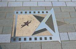 香港星梁唱在星大道的Po  库存图片