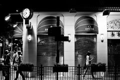 香港,中国- 2011年11月21日:香港街道在2011年11月21日的晚上 图库摄影