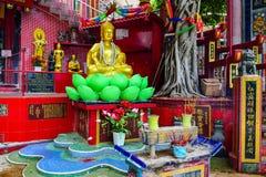 香港:在Kwun薯类寺庙寺庙的菩萨雕象,一座道士寺庙在浅水湾,香港的东南结尾我 免版税库存照片